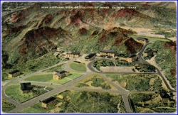 El Paso, Texas, Airplane View of College of Mines, gel. 1953